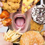 طرق تساعدك على التخلص من تناول الأطعمة غير الصحية