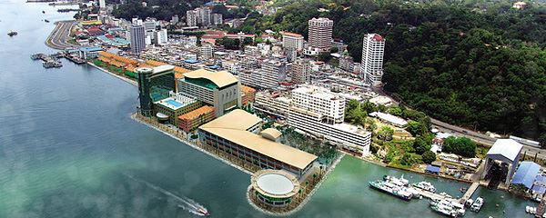 مدينة سانداكان الماليزية Sandakan-city-malaysia4