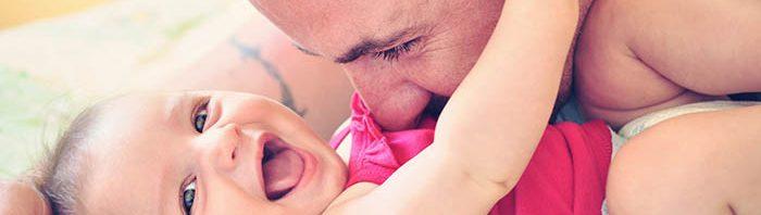 تأثير التحدث مع الطفل على نموه اللغوي والعقلي %D8%A7%D9%84%D8%AA%D8%AD%D8%AF%D8%AB-%D9%85%D8%B9-%D8%A7%D9%84%D8%B7%D9%81%D9%84-700x198