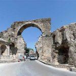 السياحة والمتعة في قرية سيدا اليونانية جنوب تركيا
