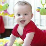 ألعاب لتمنية مهارات رضيعك من سن 3 إلي 6 أشهر