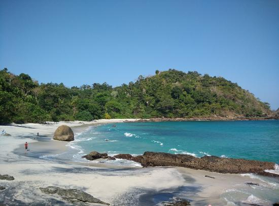 شاطئ Wedi Ireng Beach