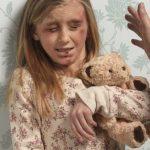 طرق تكشف اذا كان الطفل يتعرض للعنف الجسدي أو النفسي