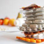 الفيتامينات التي تساعد في الوقاية والعلاج من جفاف العين