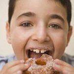 ما هو الحد الأقصى من السكر للأطفال يوميا