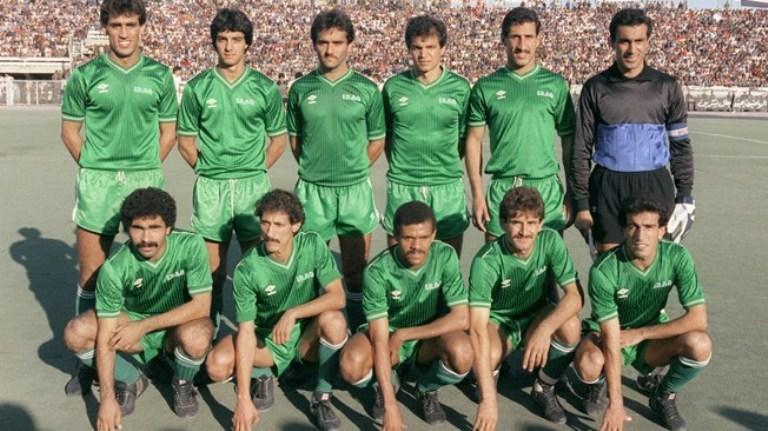 منتخب العراق قبل أحد المبارايات في كأس العالم 86