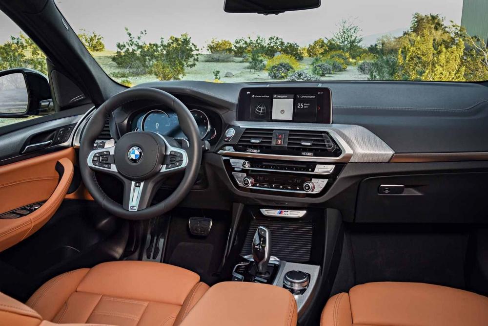التصميم الفاخر لداخلية السيارة بي ام دبليو X3 2018
