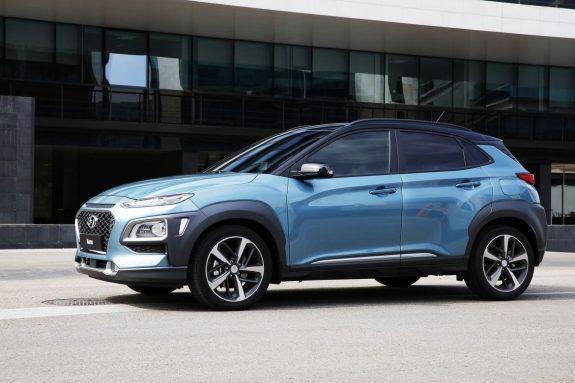 التصميم الانسيابي الجانبي للسيارة الجديدة هيونداي كونا 2018