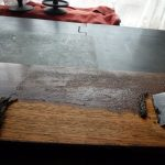 طريقة تنظيف الخشب من الطلاء