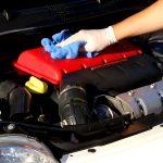 طريقة تنظيف مكينة السيارة من الداخل