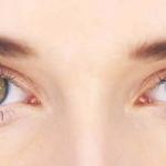أساليب طبيعية لجمال عيون المرأة بدون مكياج
