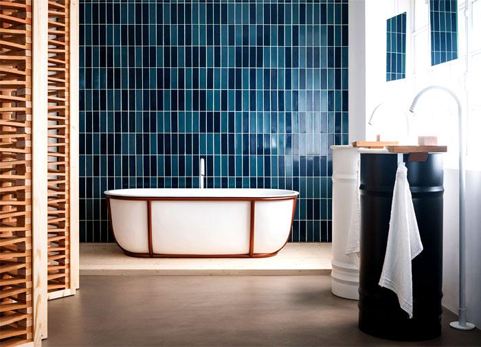 حمام بألوان مميزة