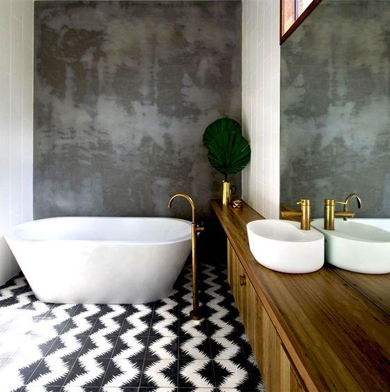 حمام باللون الرمادي و الابيض