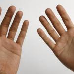 دلالات رعشة اليد عند الجوع في عمر الشباب