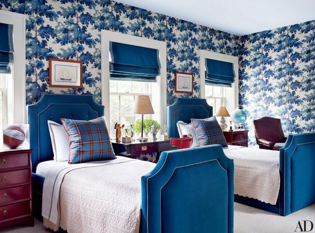 غرفة نوم باللون الأزرق و الأبيض