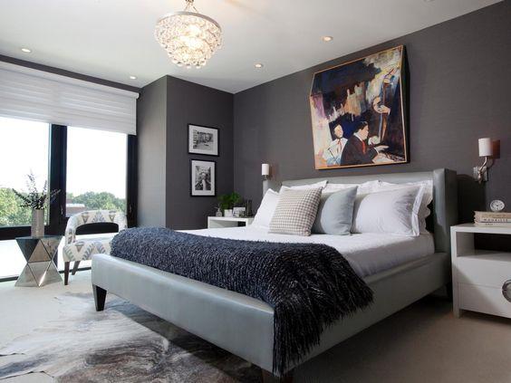 غرفة نوم باللون الرمادي و الابيض
