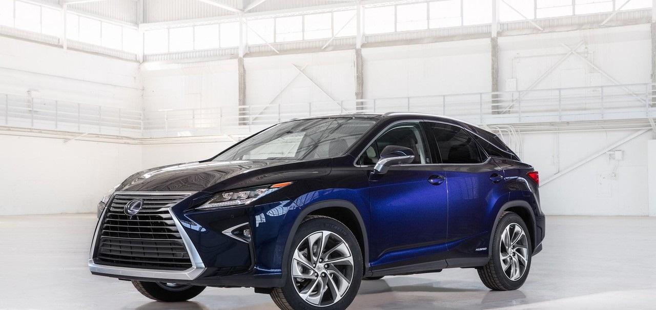 السيارة الجديدة لكزس RX 2018 بثلاث صفوف