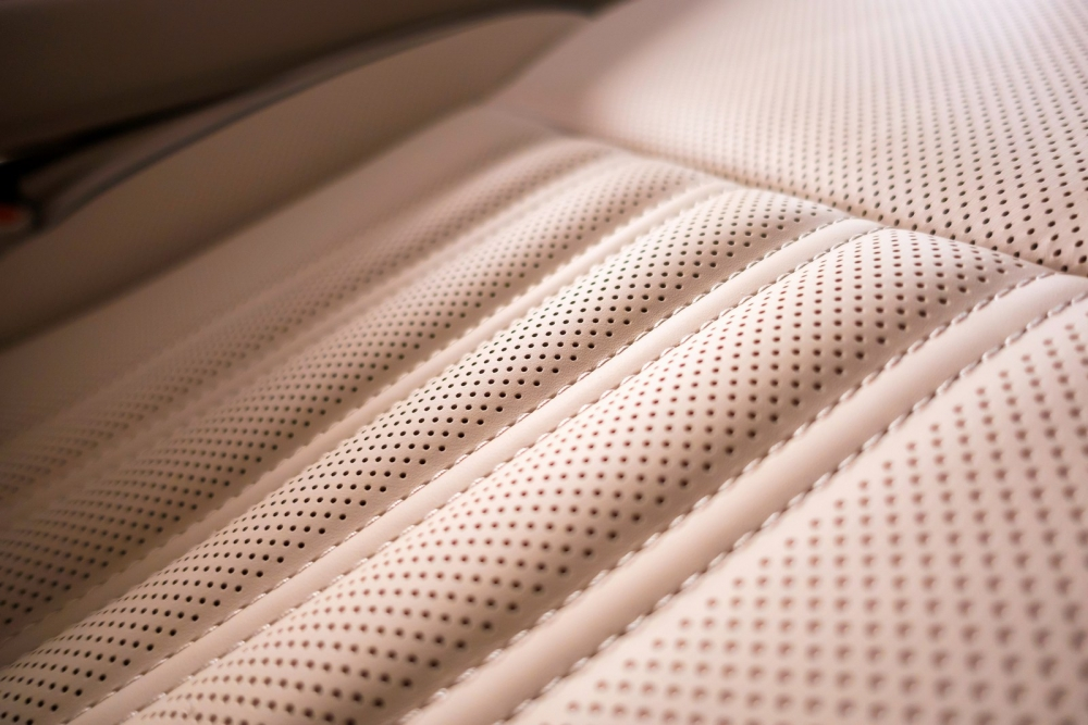 تصميم الجلد الراقي نابا للسيارة الجديدة جينيسيس G90 2018