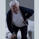 طرق العلاج الطبيعي لآلام كبار السن