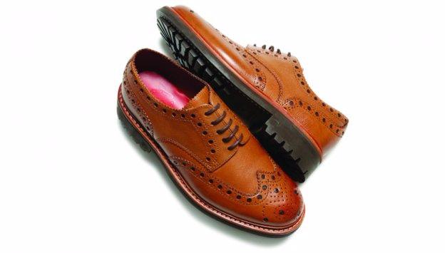 3ad6634ca شركة Church's و تعد من أبرز العلامات التجارية و أشهرها في بريطانيا ، و قد  تم تأسيس هذه الشركة في عام 1873 ، و هي إحدى أبرز شركات الأحذية ، و الشركة  ...