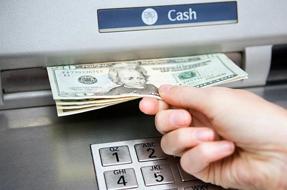 هل يمكن سحب الدولار من الصرافات مثل صراف الراجحي المرسال