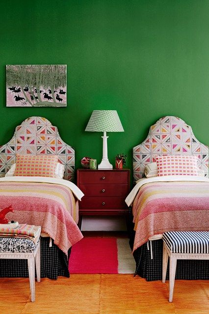 الفنادق غرفة-نوم-مشتركة.jpg