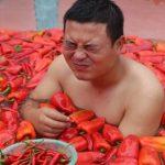 مسابقة أكل الفلفل الحار في الصين