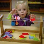 تعليم الطفل من سن عامين إلى أربعة أعوام بالمنزل