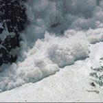 كيفية حدوث الانهيارات الثلجية و طرق منعها