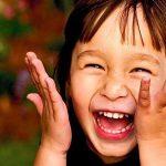 فوائد الضحك على صحة الانسان