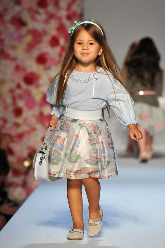 c3a6b60bdfe27 أحدث أزياء البنات الصغيرة من موناليزا (2018) Monnalisa