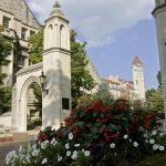 جامعة أنديانا بلومنتجتون بالولايات المتحدة الأمريكية
