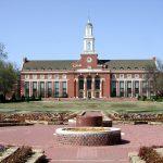 تخصصات جامعة أكولاهوما الأمريكية