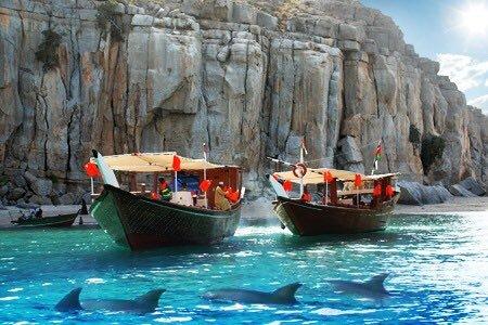 شاطئ شبه جزيرة مسندم