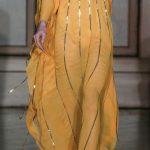 فستان باللون الأصفر - 545791