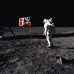 حقيقة رحلة ابولو-11