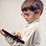 دراسة تثبت أن الهواتف الذكية تجعلك أقل ذكاءً