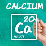 جدول يوضح نسبة الكالسيوم الطبيعية في الدم لجميع الاعمار