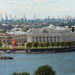 السياحية في مدينة سانت بطرسبرغ الروسية
