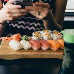 10 أطعمة تسبب التسمم الغذائي