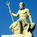 أغرب الآلهة التي عبدتها الشعوب في العالم القديم