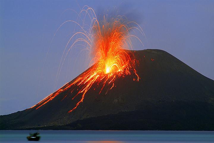البركانية - شاهد بركان سترومبولي