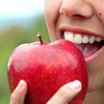 تفاحة يوميا تحميك من 5 أنواع من السرطان