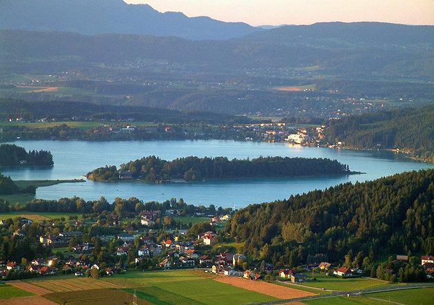 فاك في فيلاخ - مدينة فيلاخ بالنمسا
