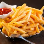 أطعمة تصبح سامة عند اعادة تسخينها