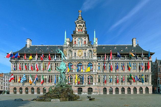 غرانت ماركت - مدينة انتويرب البلجيكية