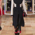 أحدث أزياء المصمم العالمي Alexander McQueen