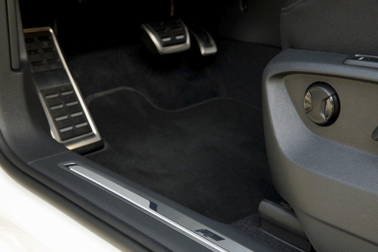 volkswagen unveils the tiguan 2018 r-line sports version Volkswagen unveils the Tiguan 2018 R-Line sports version  D8 B9 D8 AA D8 A8 D8 A7 D8 AA  D9 88  D8 AF D9 88 D8 A7 D8 B3 D8 A7 D8 AA  D9 81 D9 88 D9 84 D9 83 D8 B3  D9 88 D8 A7 D8 AC D9 86  D8 AA D9 8A D8 AC D9 88 D8 A7 D9 86 R Line 2018