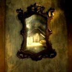 """قصة """" المرآة """" من الأدب الفرنسي"""