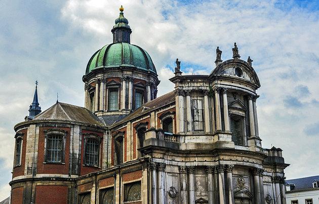 القديس أوبين - مدينة نامور البلجيكية